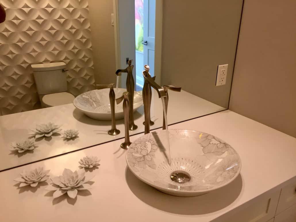 Sink & Fixtures